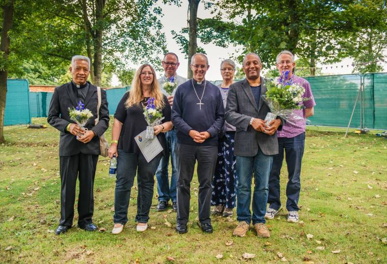 ​​​​​​​The Archbishop with the shortlisted authors: (l-r): Benigno Beltran; Anne Richards; Francis Spufford; Frances Young; John Swinton; Stephen Cherry  (Credit: Alex Baker Photography)