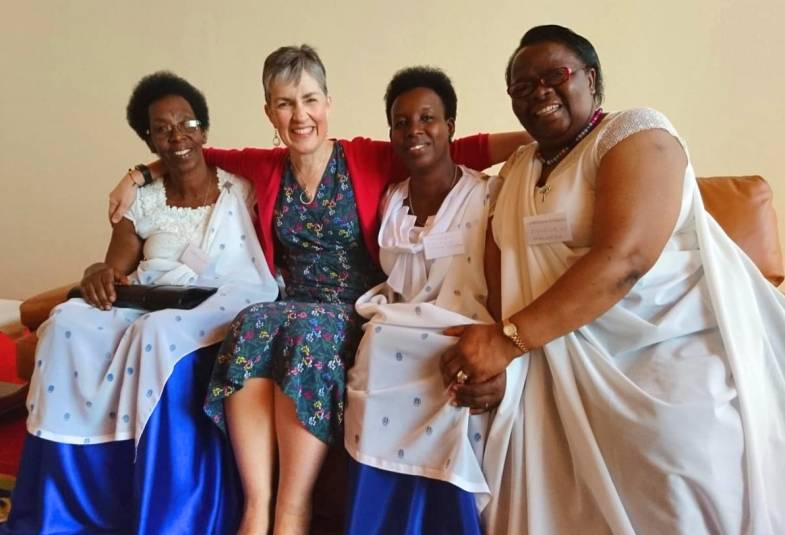 Caroline Welby leads a retreat for clergy wives in Burundi