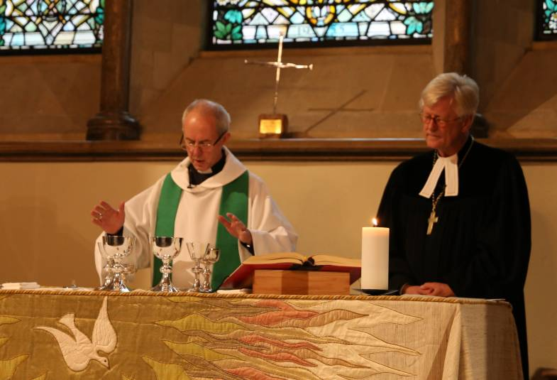 Justin Welby and Bishop Heinrich in Lambeth Palace Chapel