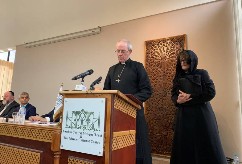 Archbishop Justin in Regent's Park Mosque